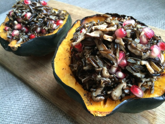 holiday entree - 5 ingredients - vegan - vegetarian - holiday meal - holiday meal - acorn squash - winter squash