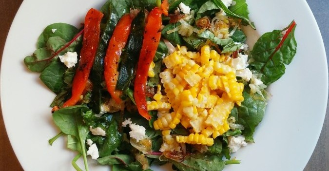 organic salad recipe - summer salad - organic recipe - salad recipe - earl's organics - roasted peppers - fresh corn on the cob - corn - poblanos - organic - summertime