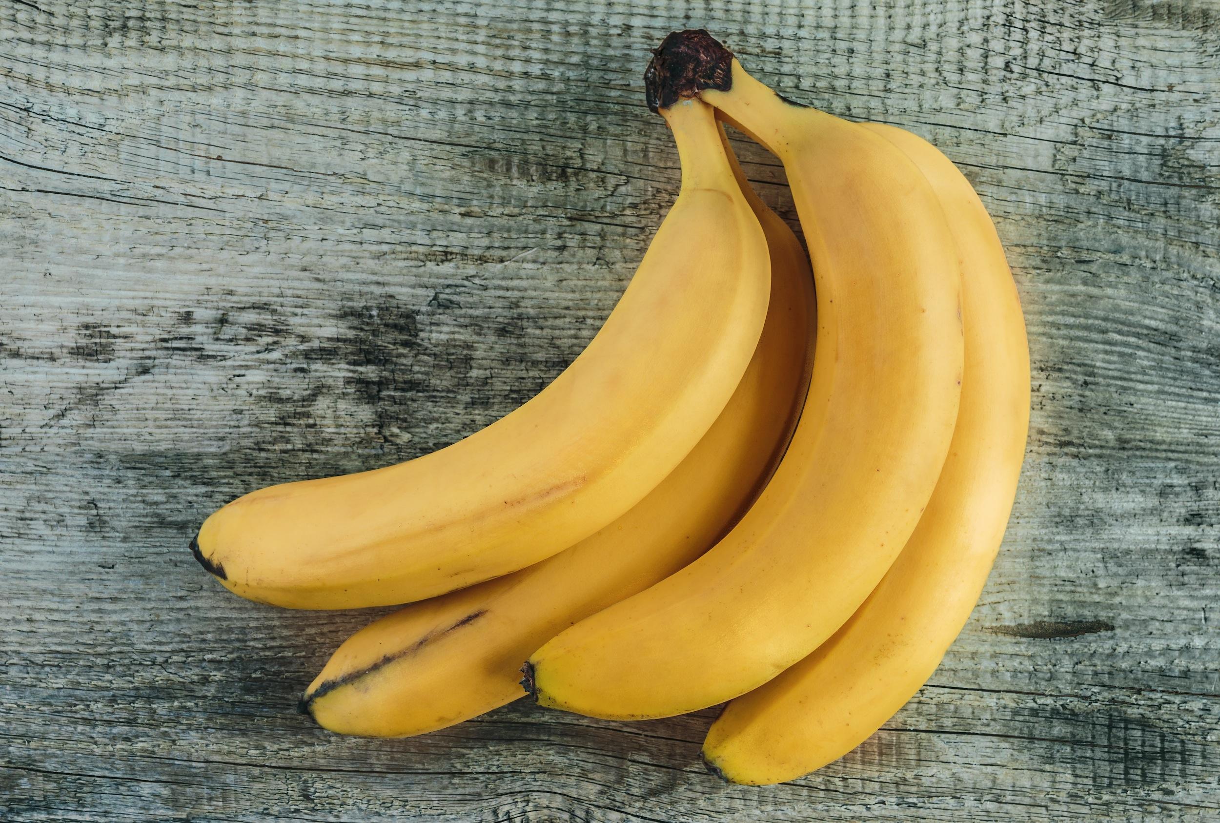 health benefits of bananas - organic media network - organic bananas - banana nutritional info - nutritional benefits of bananas