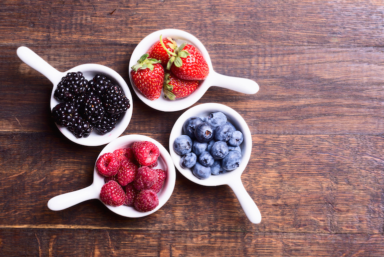 organic smoothie recipe - organic media network - organic smoothie - smoothie recipe - healthy smoothie recipe - berry smoothie recipe - organic breakfast recipe