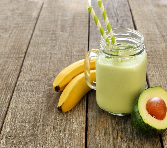 organic superfood smoothie - organic media network - smoothie recipe - organic smoothie recipe - avocado smoothie - avocado smoothie recipe