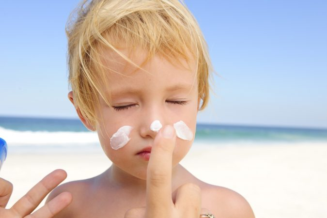 natural sunscreen - healthy sunscreen - nontoxic sunscreen - organic media network