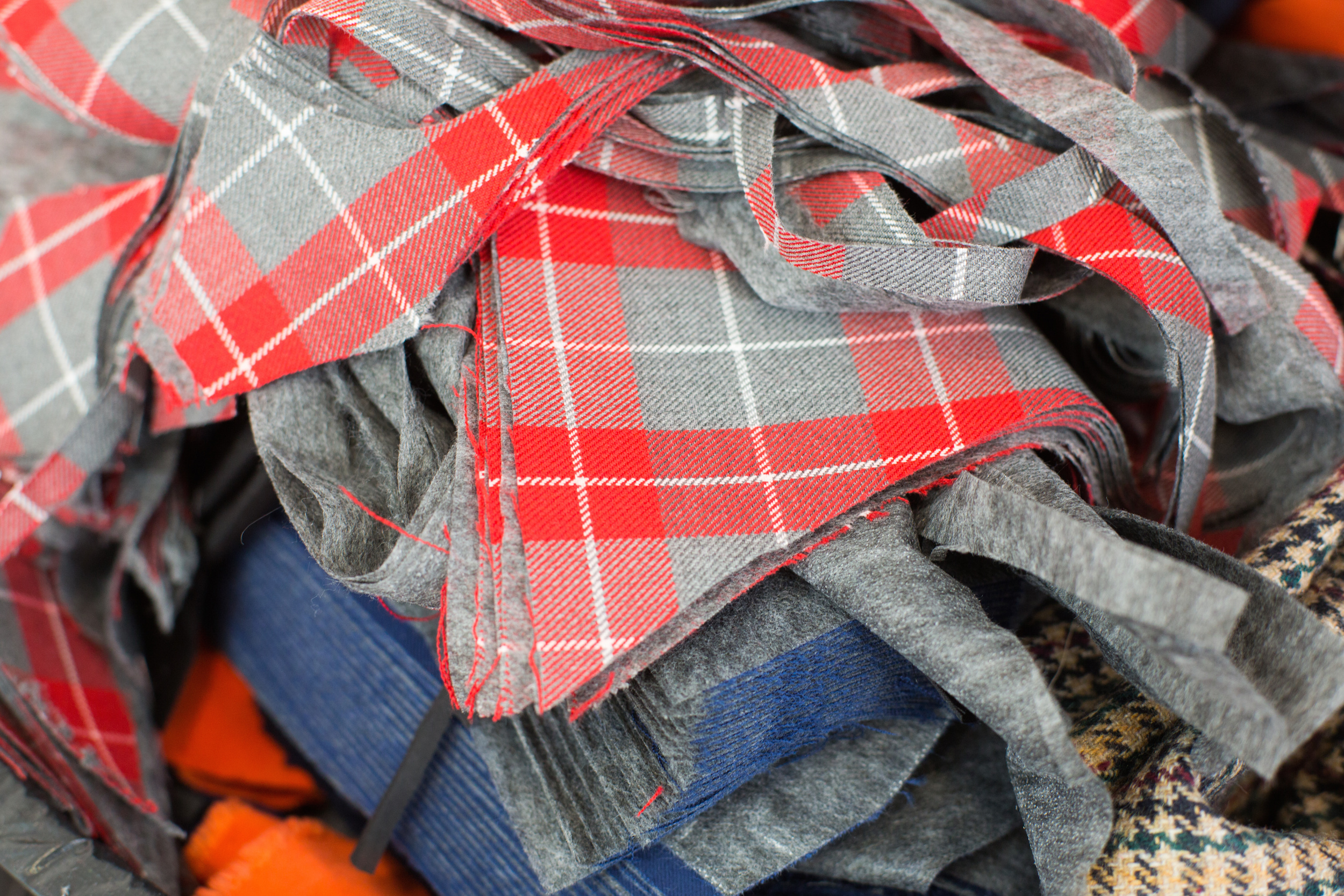 fabric waste - faashion industry - sustainability - sustainable fashion - fashion industry - waste - clothing - childrens clothing