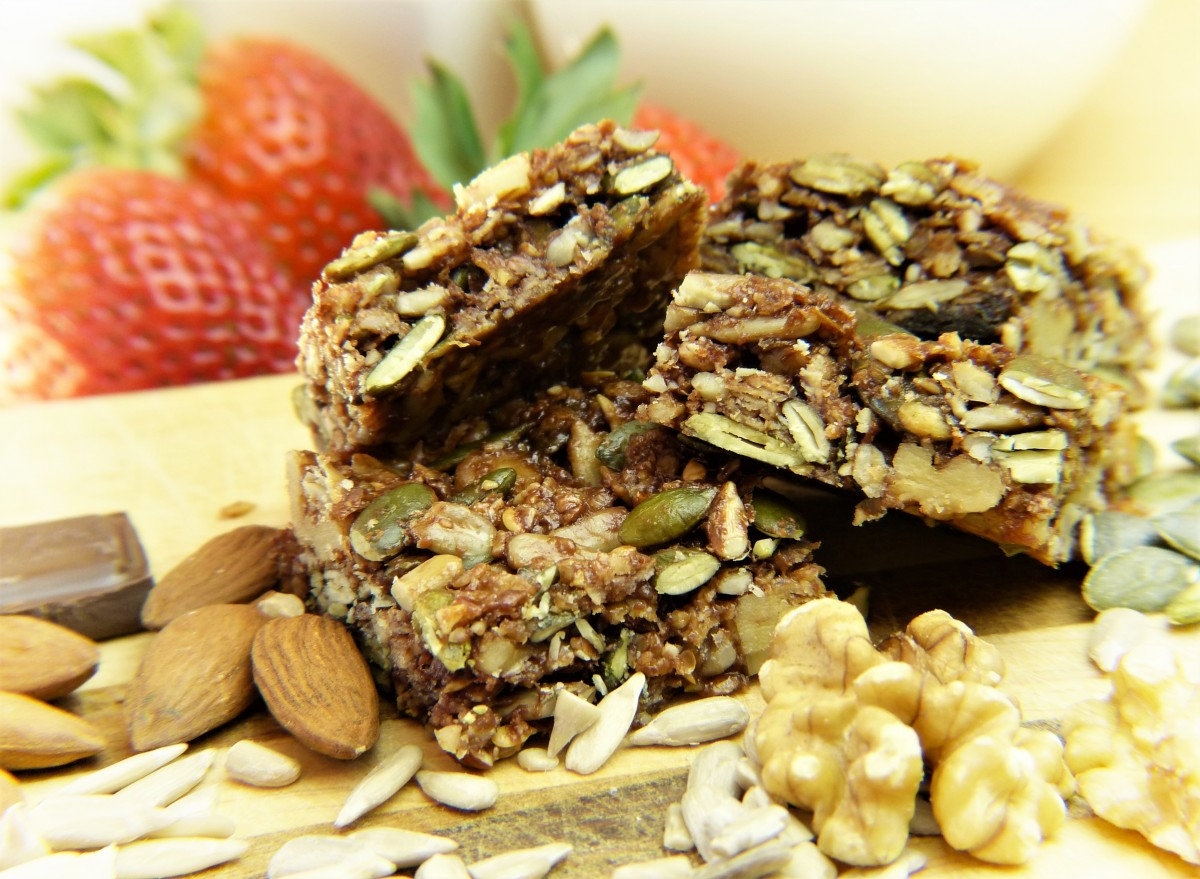 energy bars - energy bar - athlete - race day nutrition - training - running - performance - atheltic performance - energy bar criteria