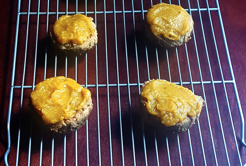 apple pumpkin pup-cakes - an organic conversation