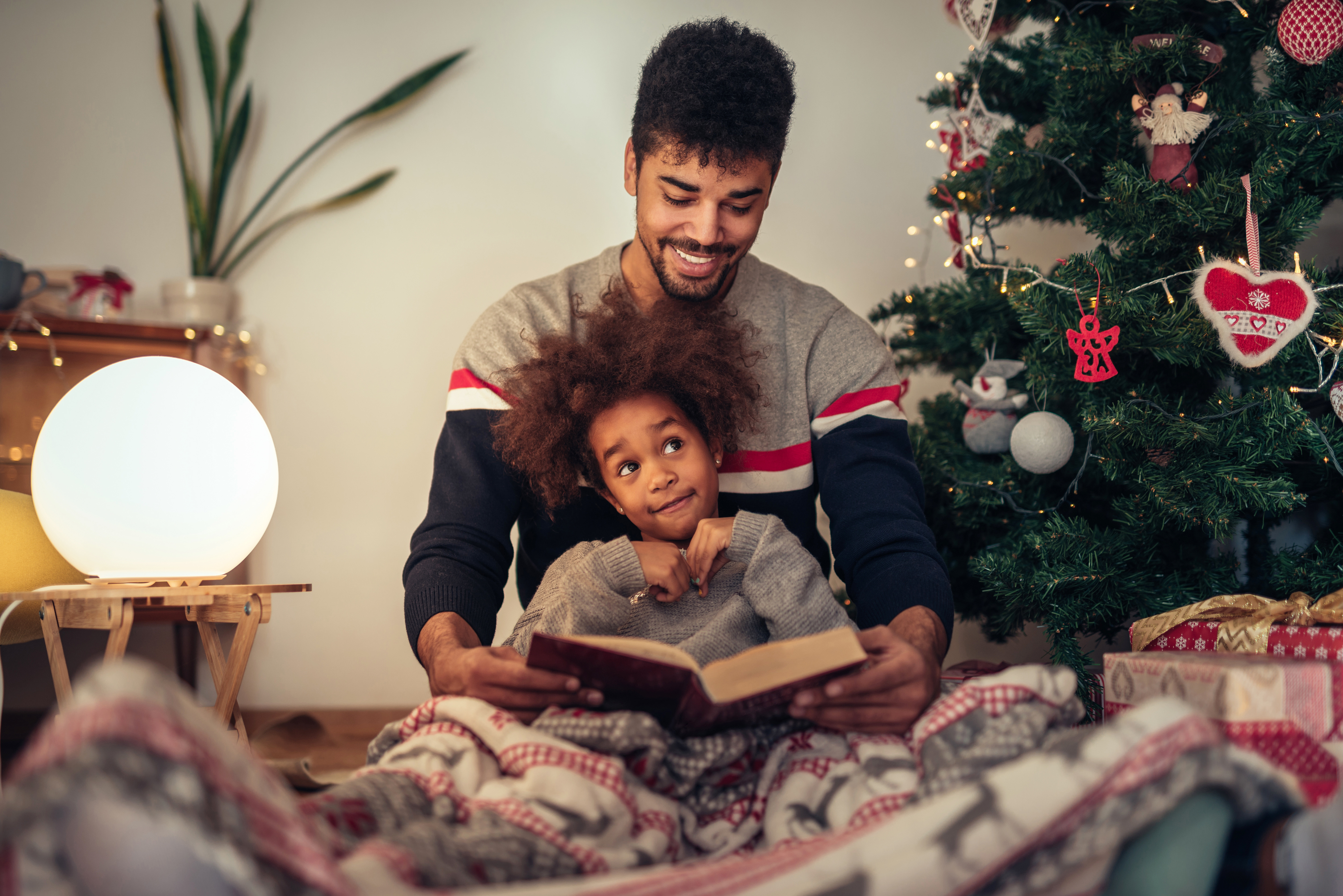 eco-friendly books - gift -gift ideas - eco-friendly - holidays -holiday gift - books - childrens books - an organic conversation - green media - green living - education - inspiration - helge hellberg